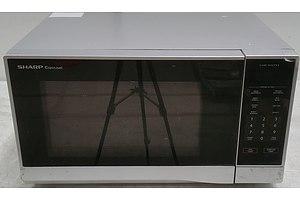Sharp Carousel 1100 Watt Microwave Oven
