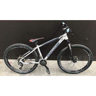 Mongoose Tyax Sport Mountain Bike
