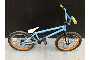 Backbone Score BMX Bike