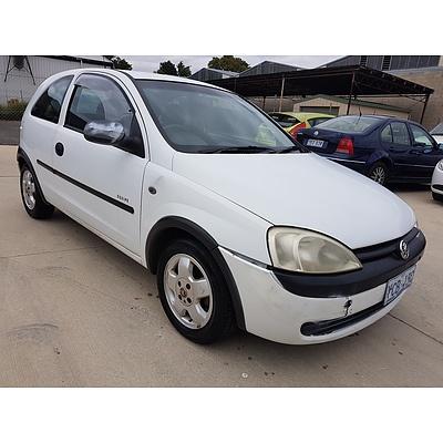 3/2002 Holden Barina Equipe XC 3d Hatchback White 1.4L