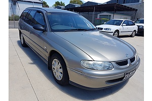 8/2000 Holden Commodore Executive VTII 4d Wagon Gold 3.8L