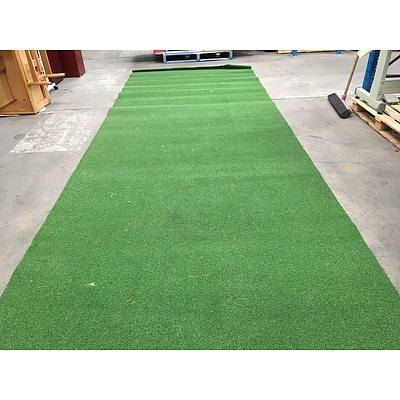 Synthetic Artificial Grass - Lot 5 Rolls On Pallet