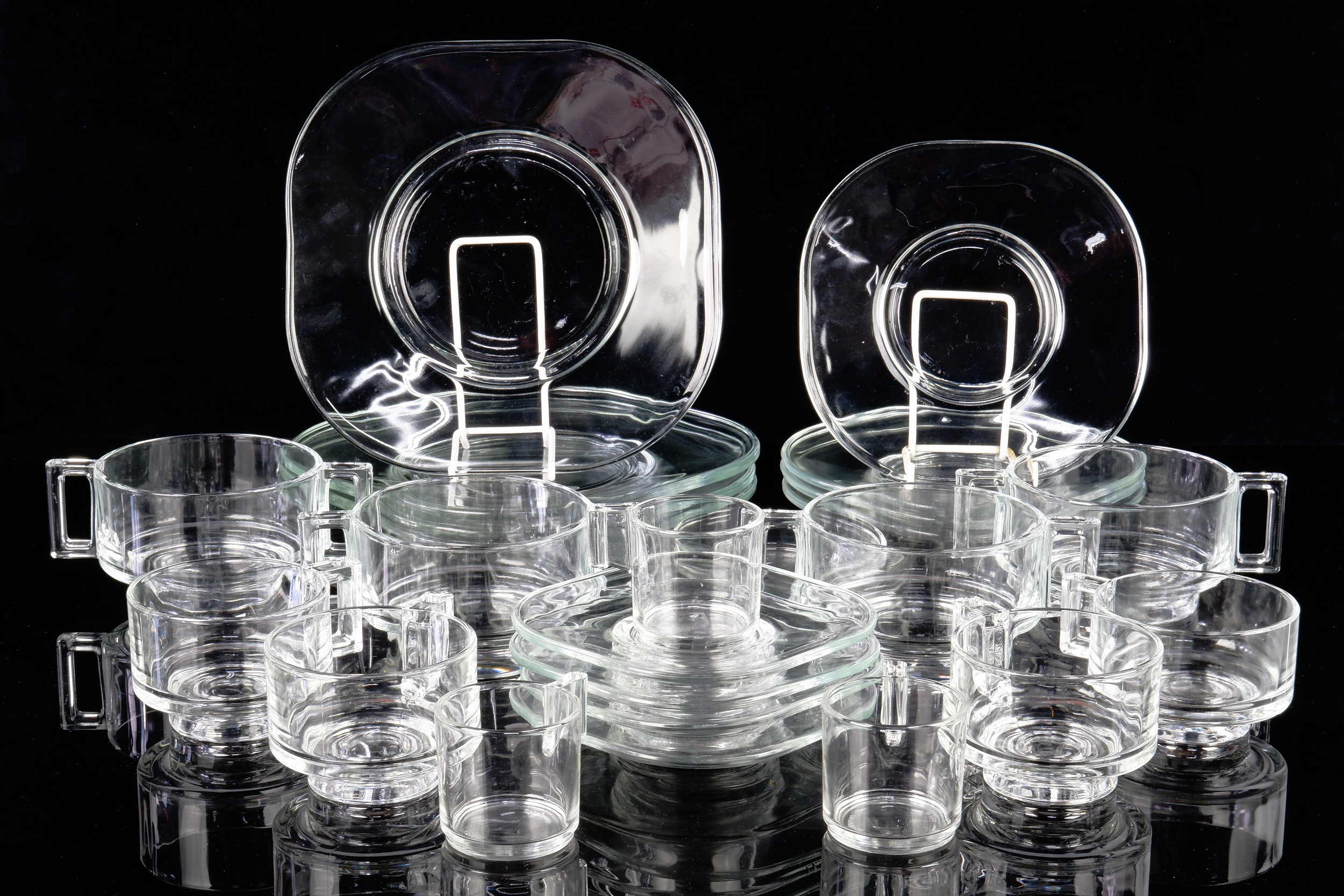 'Italian Borgonovo Glass Dinner Service Designed by Joe Colombo'