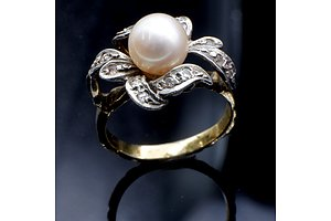 Silver Gold Plated Ring with Pearl and Paste, 4.5g