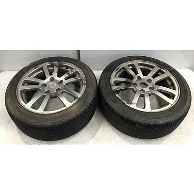 Pair Of Holden VX Factory 17 Inch Rims With Tyres
