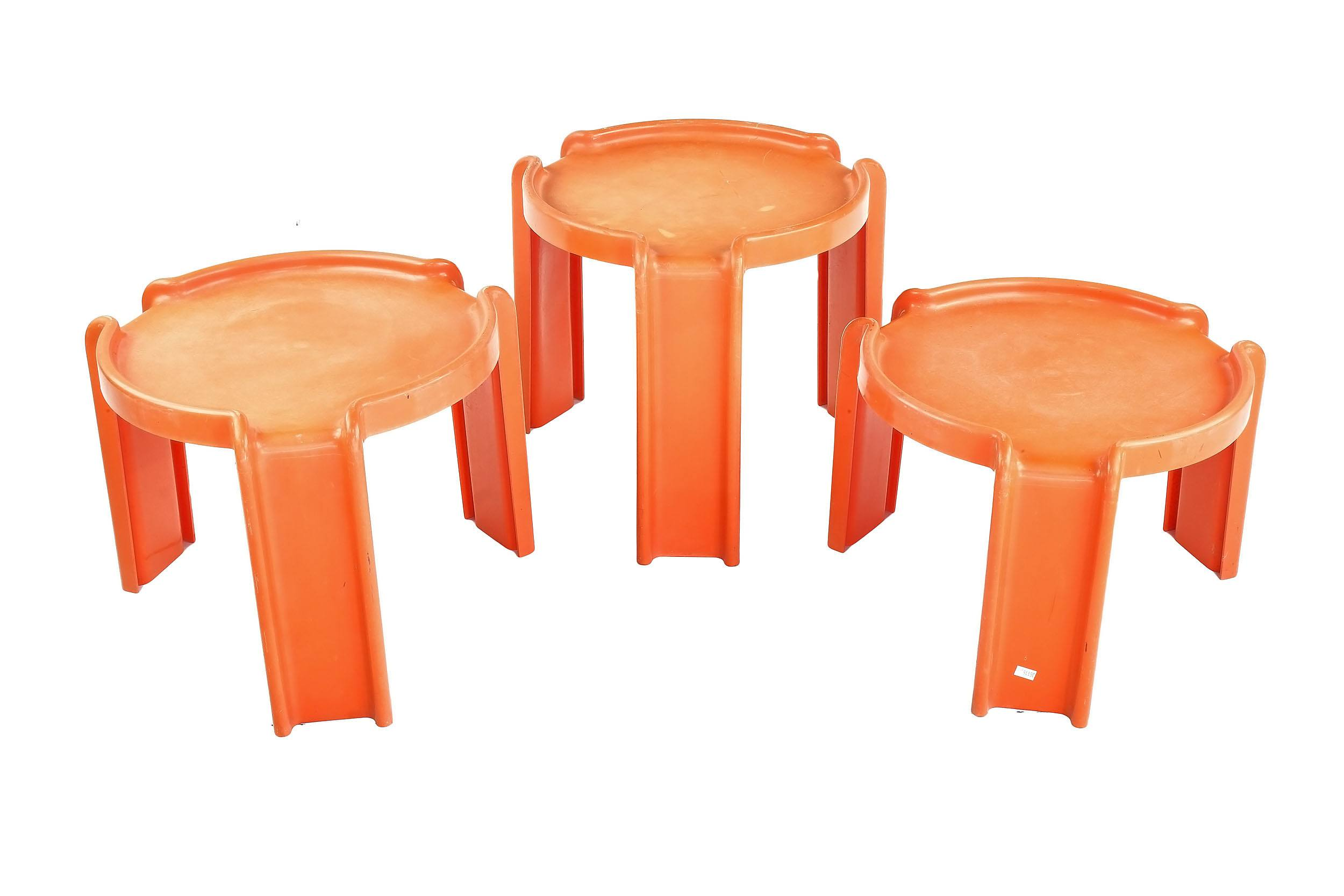 'Giotto Stoppino Model 4905 Moulded Plastic Nesting Tables for Kartell'
