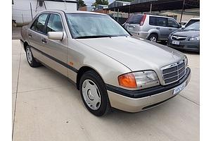 12/1995 Mercedes-Benz C220 Classic  4d Sedan Gold 2.2L