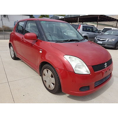 9/2005 Suzuki Swift  EZ 5d Hatchback Red 1.5L