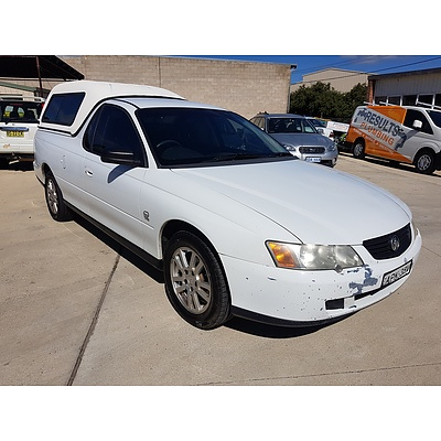 10/2003 Holden Commodore  VY Utility White 3.8L