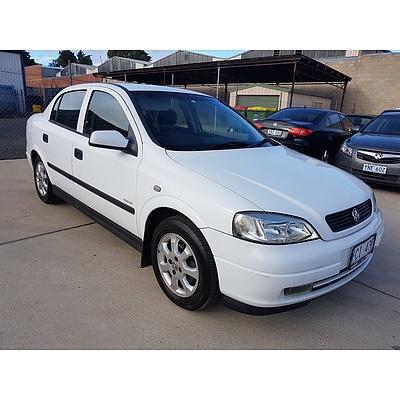 8/2002 Holden Astra Equipe TS 4d Sedan White 1.8L
