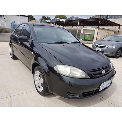 8/2006 Holden Viva  JF 5d Hatchback Black 1.8L