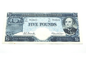 Commonwealth of Australia Coombs / Wilson Five Pound Note, TC61 753823
