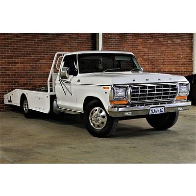 12/1980 Ford F350 Banana Back Tow Truck White 408 Stroker V8