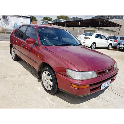 5/1996 Toyota Corolla RV SECA AE102R 5d Liftback Red 1.8L