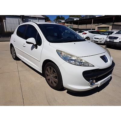 5/2008 Peugeot 207 XT 5d Hatchback White 1.6L