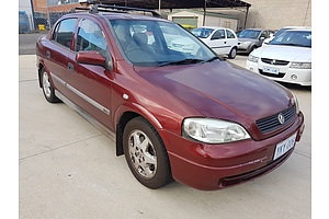 10/2000 Holden Astra CD TS 4d Sedan Maroon 1.8L