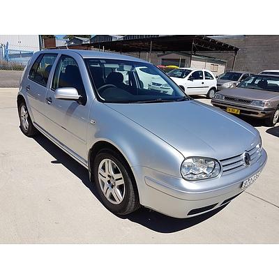 3/2004 Volkswagen Golf 2.0 1K 5d Hatchback Silver 2.0L