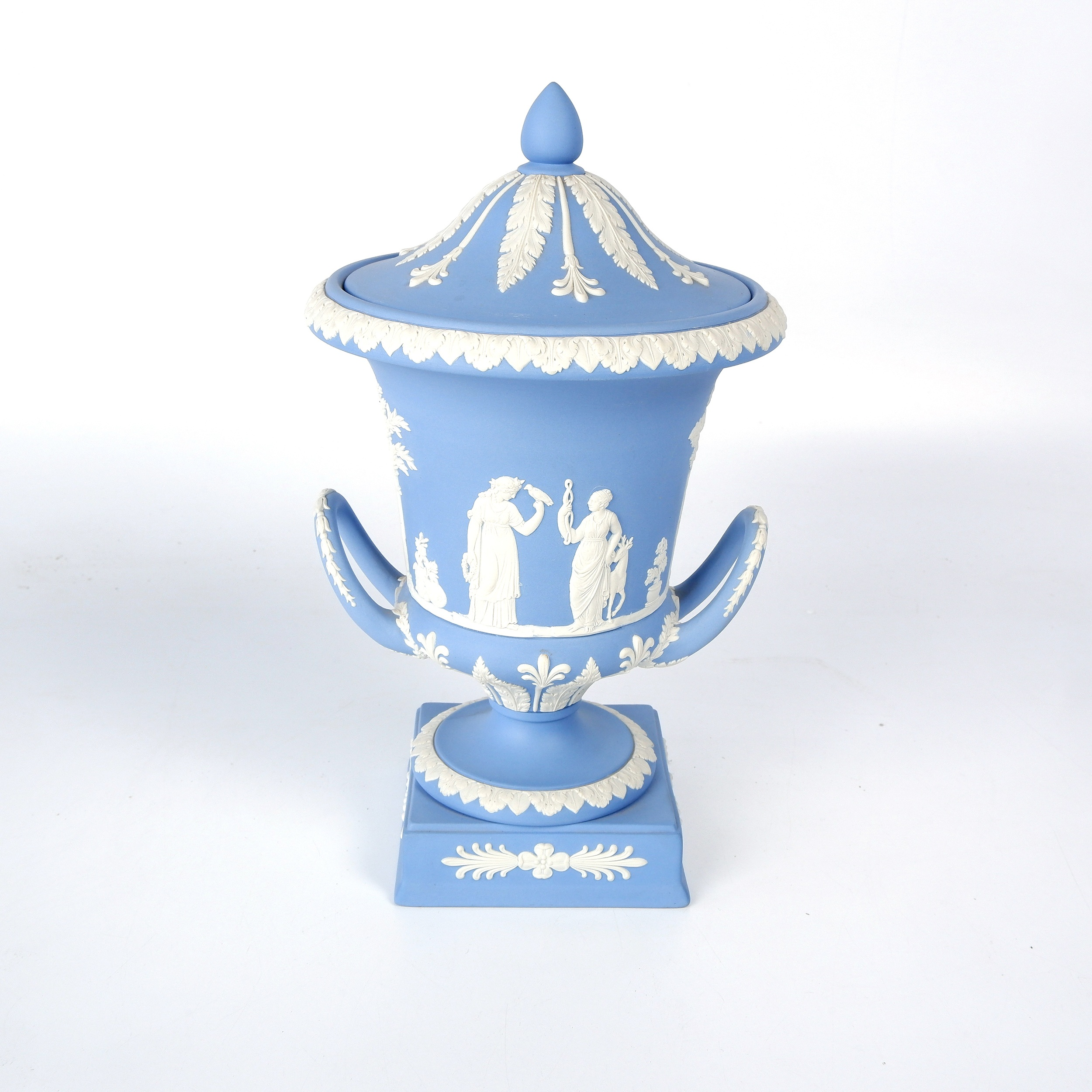 'English Wedgwood Blue and White Jasperware Campana Form Urn with neoclassical Floral and Foliate Decoration'