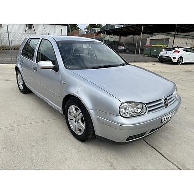 12/2003 Volkswagen Golf 2.0 Generation  5d Hatchback Silver 2.0L