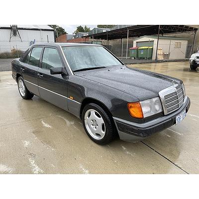 2/1993 Mercedes-Benz 320 E  4d Sedan Grey 3.2L