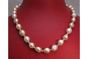 Necklace of large baroque Freshwater Cultured Pearls
