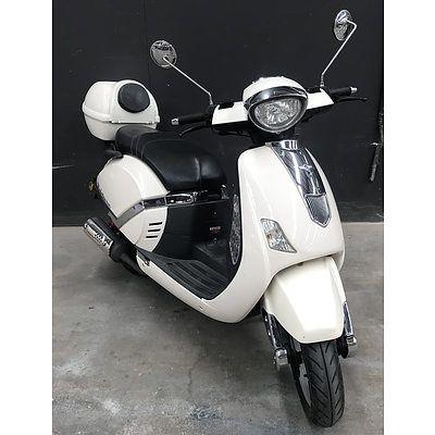 02/11 Manhatton Scooters 150G 150cc