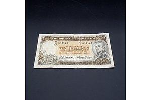 10/- 1961 Coombs Wilson Australian Ten Shilling Banknote R17 AF26641124