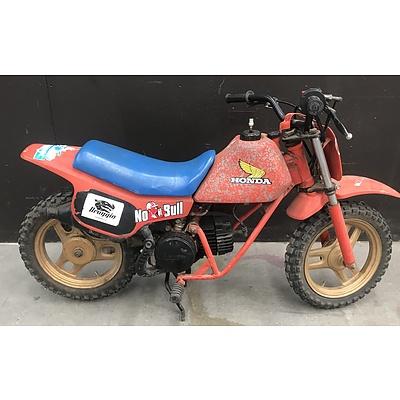 Honda 49cc Vintage Kids Motorbike