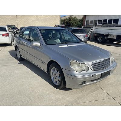5/2001 Mercedes-Benz C200 Kompressor Elegance  4d Sedan Silver 2.0L