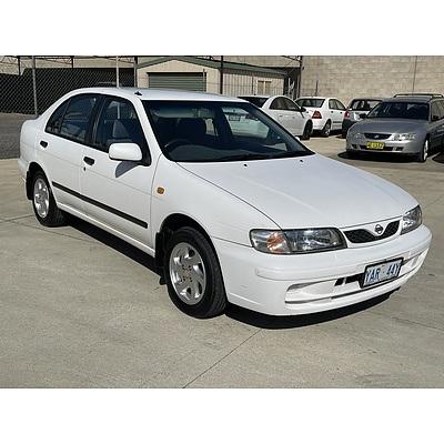 3/1998 Nissan Pulsar LX  4d Sedan White 1.6L