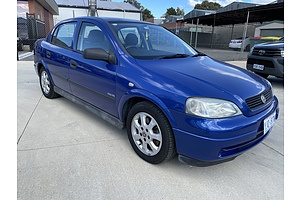 3/2005 Holden Astra Classic Equipe TS MY05 4d Sedan Blue 1.8L