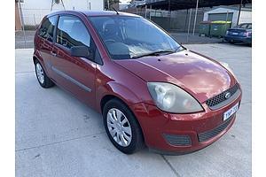 11/2006 Ford Fiesta LX WQ 3d Hatchback Red 1.6L