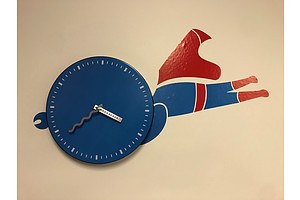 L49 - Superboy Wall Clock