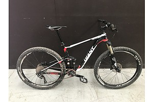 2014 Giant Anthem 3 XC Mountain Bike