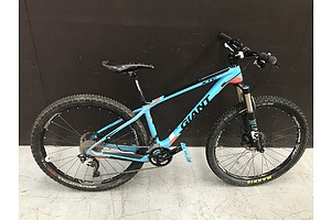 2014 Giant XTC Advanced 2 XC Mountain Bike