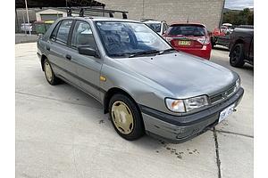 4/1993 Nissan Pulsar LX  5d Hatchback Grey 1.6L