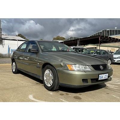 8/2004 Holden Commodore Executive VYII 4d Sedan Green 3.8L