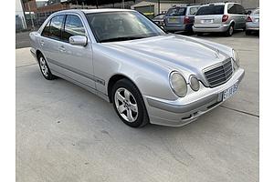 2/2001 Mercedes-Benz E200k Classic W210 4d Sedan silver 2.0L