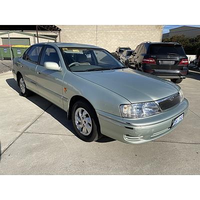 5/2000 Toyota Avalon VXi MCX10R 4d Sedan Green 3.0L