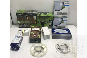 Lot Of Assorted Domestic Light Fittings