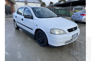 6/2005 Holden Astra Classic Equipe TS MY05 5d Hatchback White 1.8L