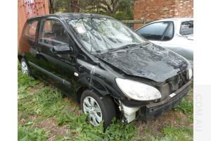 6/2010 Hyundai Accent S MC 3d Hatchback Black 1.6L - Repairable Write off